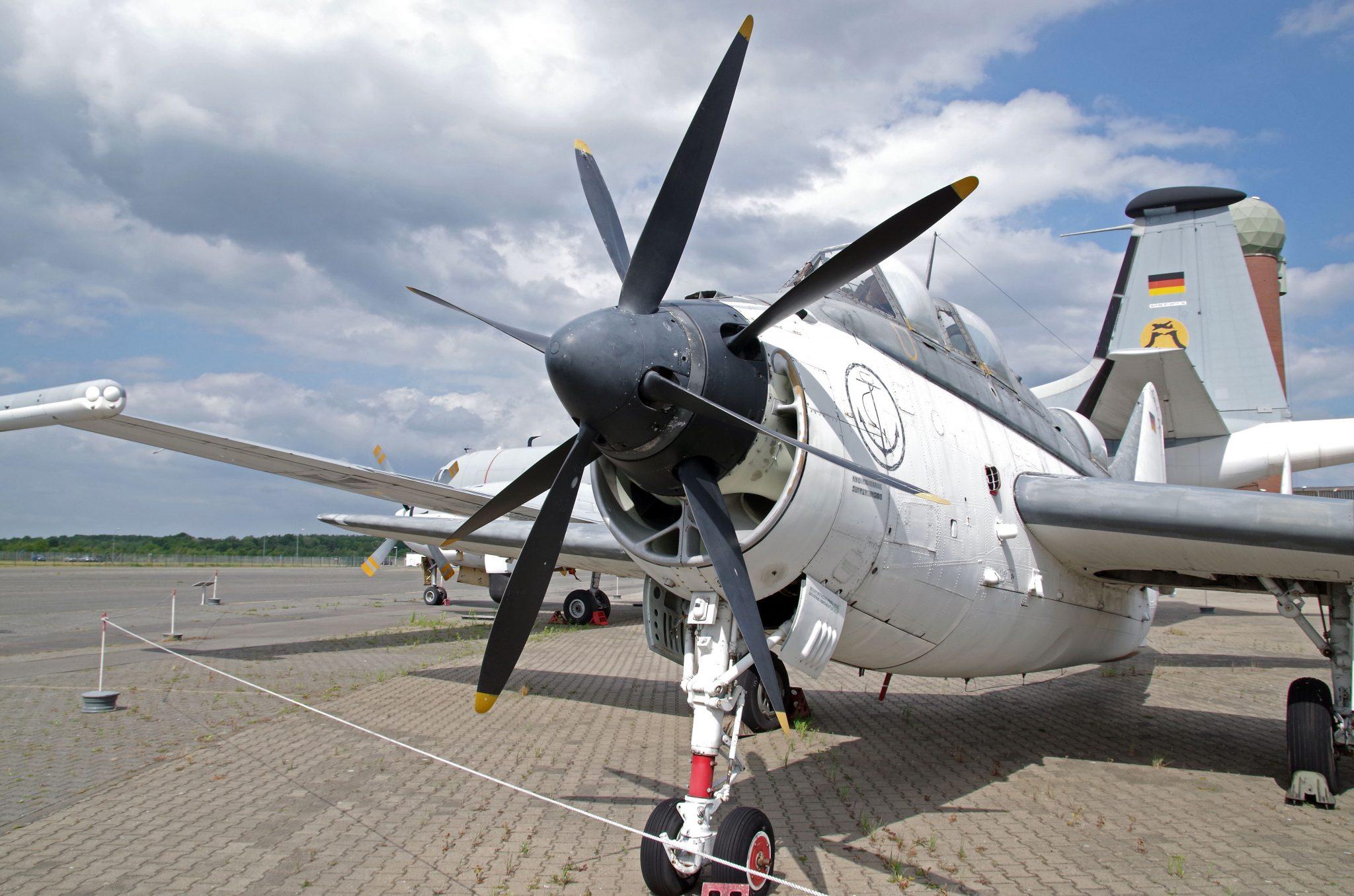 aircraft-3140200